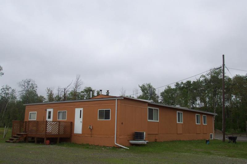 Cabin #4 - Motel type unit - 6 bedr.